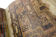 Book of Kells, Ms. 58 (A.I.6) - Library of the Trinity College (Dublin, Ireland) − Photo 13