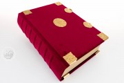 Sobieski Hours, Royal Library at Windsor Castle (UK), Red velvet binding with gilt accessories